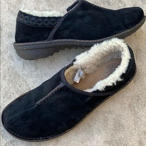 UGG 'Better' Black Suede Loafer Shoes Size 11